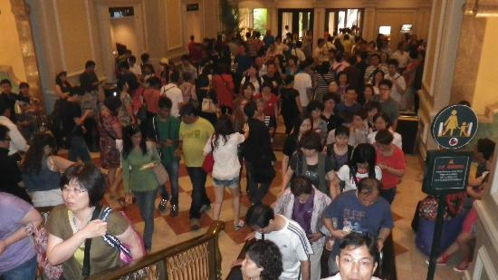 Lobby Extra Crowded Picture Of The Venetian Macao