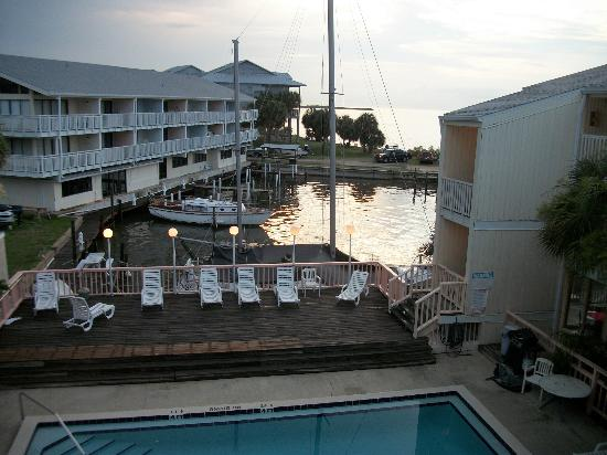Cedar Cove Beach & Yacht Club: overlooking the pool