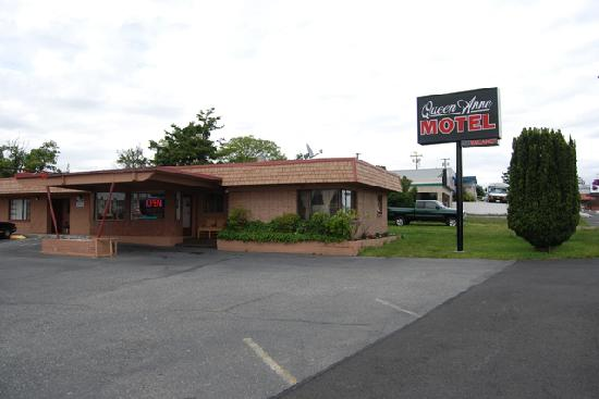 Queen Ann Motel: Exterior