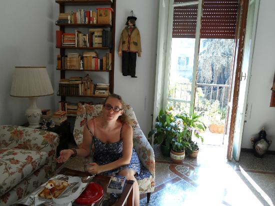 Bed and Breakfast La Concordia: El living, un descanso antes de salir a cenar