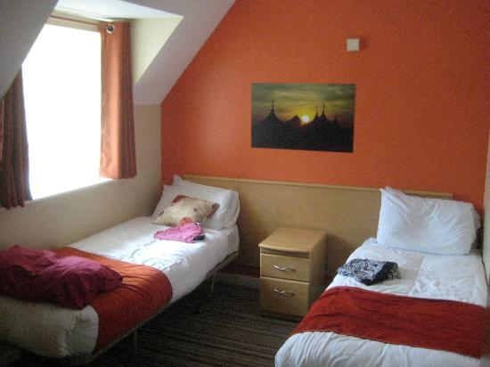 Butlin S Skegness Resort Twin Gold Room