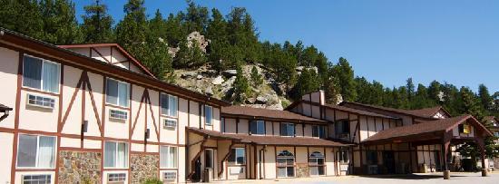 Super 8 Custer / Crazy Horse Area: Super 8