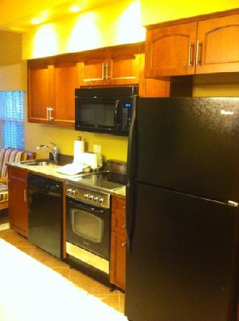 Sheraton Broadway Plantation Resort Villas: Sheraton kitchen in room
