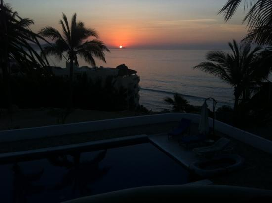 SurfinCabo B&B: sunrise overlooking the pool and Sea of Cortez