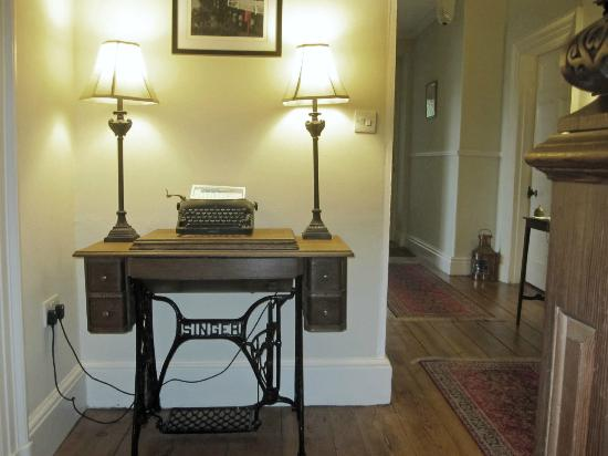Bryn Mair House: The daily weather report was displayed in an old typewriter near the dining room. Helpful and c