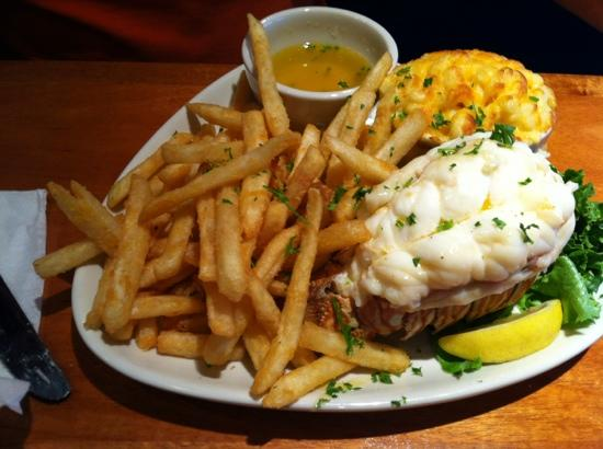 RockBass Grill: lobster tail