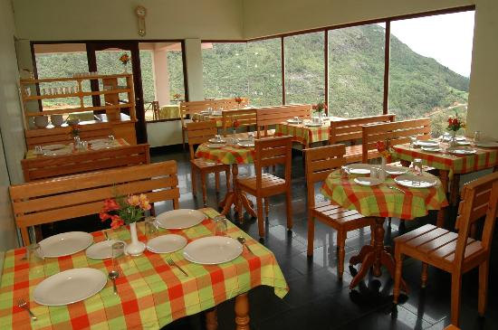 Fortune Retreats Resorts - Ooty: resturant