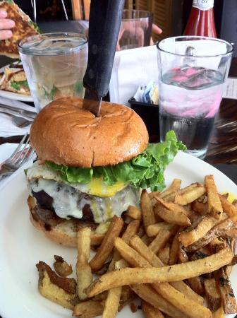 Smokin' Betty's: The Betty Burger!