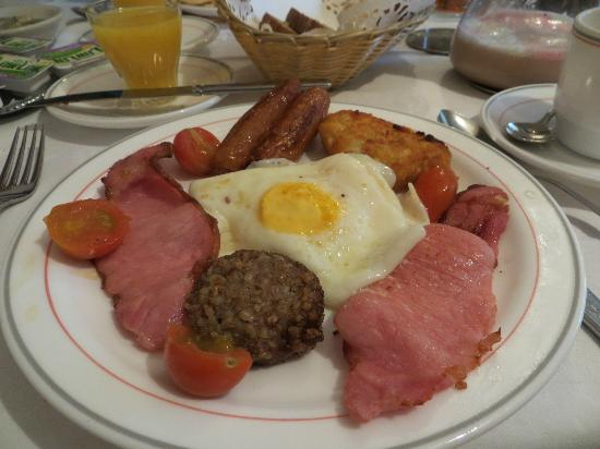 Dunroven B&B: My full Irish breakfast