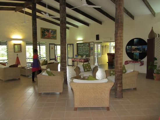 Coral Quays Fish & Dive Resort: the lounge