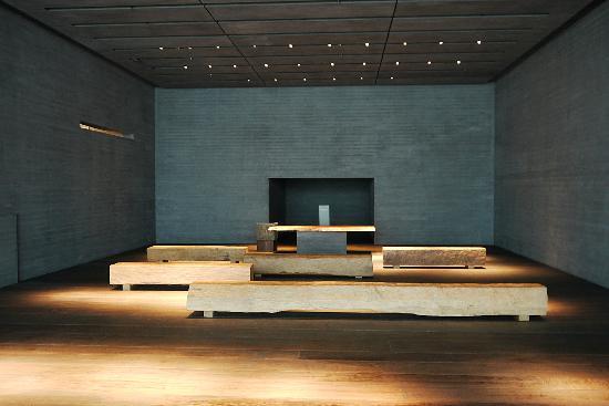 Sagawa Art Museum: Installation