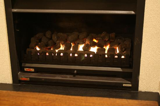 The Point Villas: Gas Fireplace
