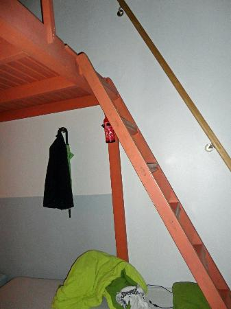 Maverick Hostel: The ladder to the loft is not too steep, but it's easier for the younger crowd.