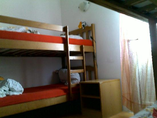 Dubrovnik Backpackers Club Hostel: Female dorm - Cozy, clean and confy!
