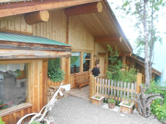 Logpile Lodge : the best place in BC