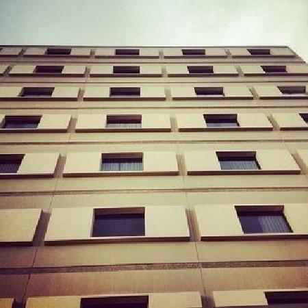 耶洛奈夫探索者飯店照片