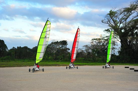 Blokart Land Sailing Vanuatu: racing around the track