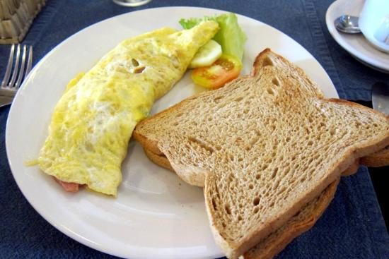 The Beverly Boutique Business Hotel : Omelette - No cheese