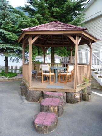 Park Motel: Gazebo