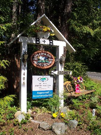 Welcome at Charm of Qualicum B&B !