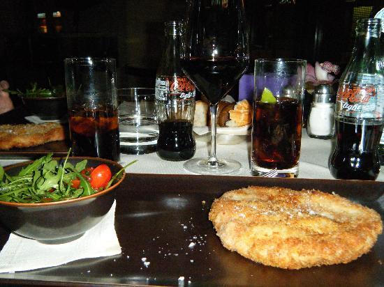 Mio: milanesa com salada de rucula