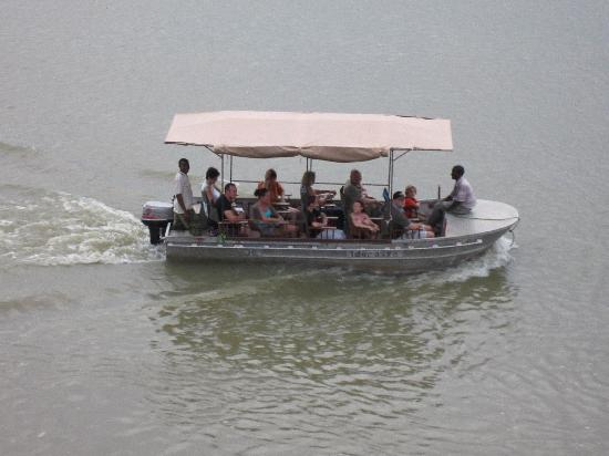 Selous Great Water Lodge: Sturdy river boat