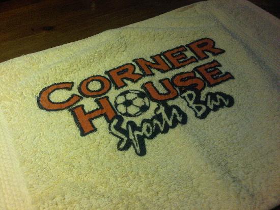 The Corner House: bar