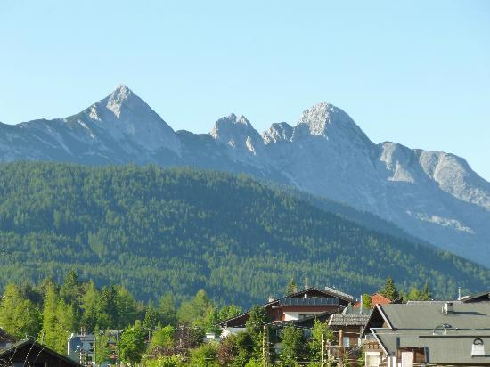 Hotel Karwendelhof: View from our balcony (room 217)