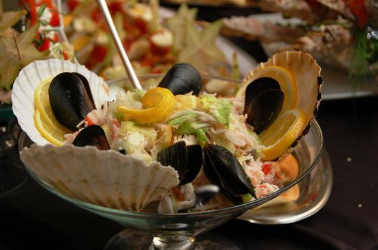 Cafe Cafe Restaurant: Seafood salad