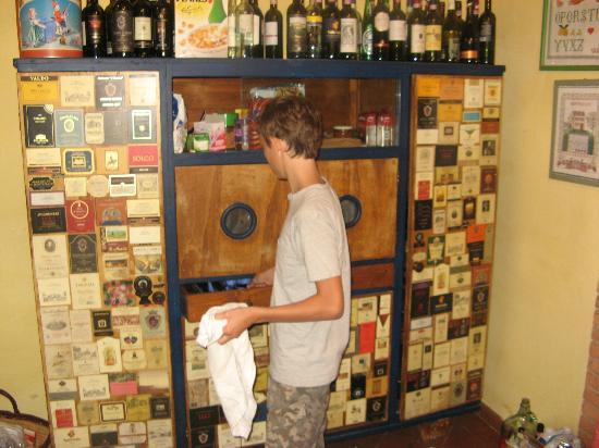 Villa Cafaggiolo: Kitchen app Giotto