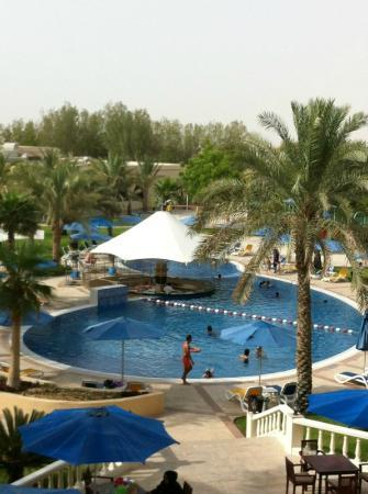 Mafraq Hotel Abu Dhabi: View from the room