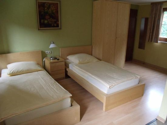 Hotel Brasserie Nagel : habitación
