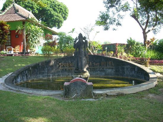Poeri Devata Resort Hotel: ホテル入口