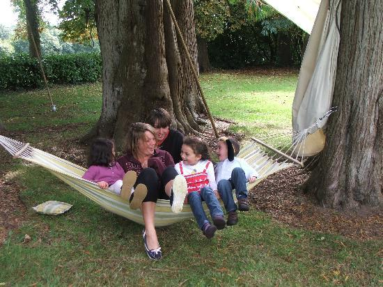 Le Castel: Kids and adults love our hammock