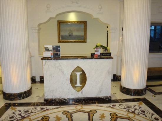 InterContinental Porto - Palacio das Cardosas: Concierge