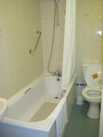 Данун, UK: Bathroom