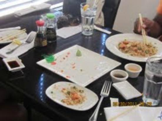Faang Sushi and Thai Restaurant: Yum...