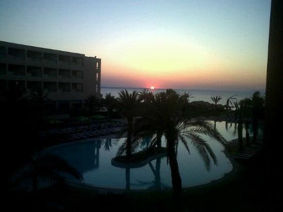 SENTIDO Rosa Beach : Beautiful Sunset, picture does not do it justice