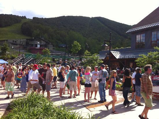 Sugarbush Mountain Ski Resort: Sugarbush Brew-Grass Festival 2012