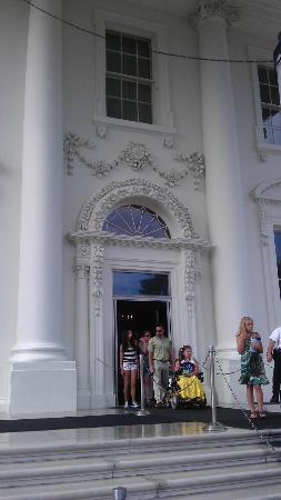 White House Front Door! & White House Front Door! - Picture of White House Washington DC ...