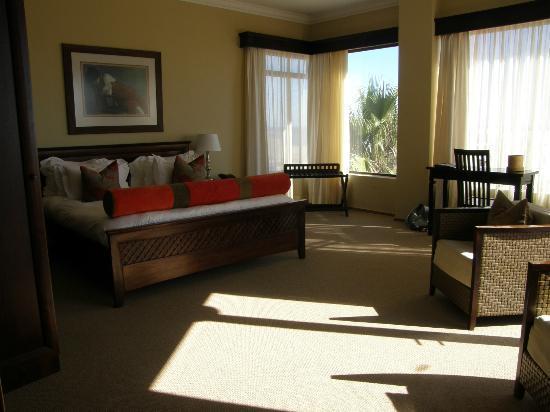 Atlantic Villa Boutique Guesthouse: très grande chambre