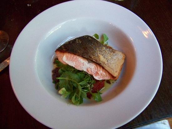 Peekamoose Restaurant: Oven Roasted Atlantic Salmon