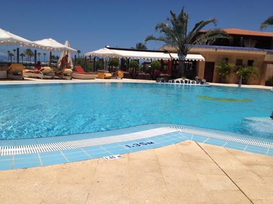 IBEROSTAR Grand Hotel Salome: piscina Hotel Salomé