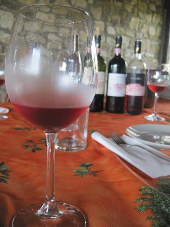 Vinarium: Tasting of the wines.