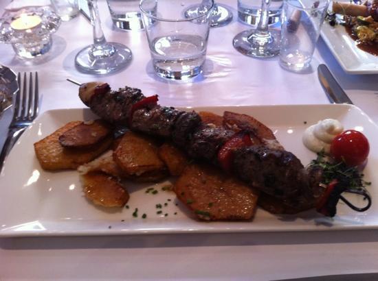 Farouge: Shish kebab