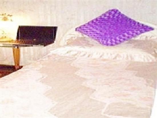 Lucky Hostel: Single Bed Room