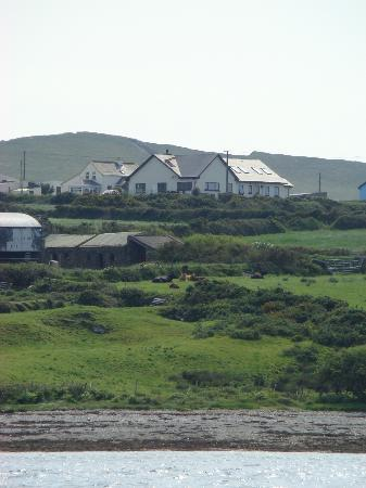 Portmagee Heights: the COTTAGE behind the B&B