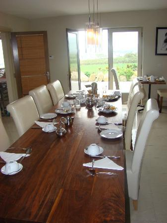 Portmagee Heights: B&B breakfast room
