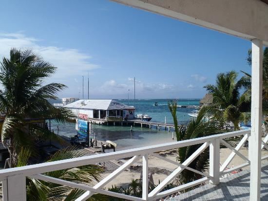 Conch Shell Inn: Good morning view
