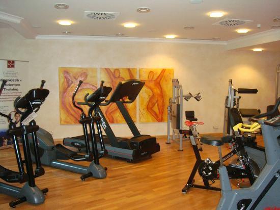 Althoff Seehotel Ueberfahrt: Gym